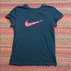 NIKE RED CHECK GRAPHIC TEE